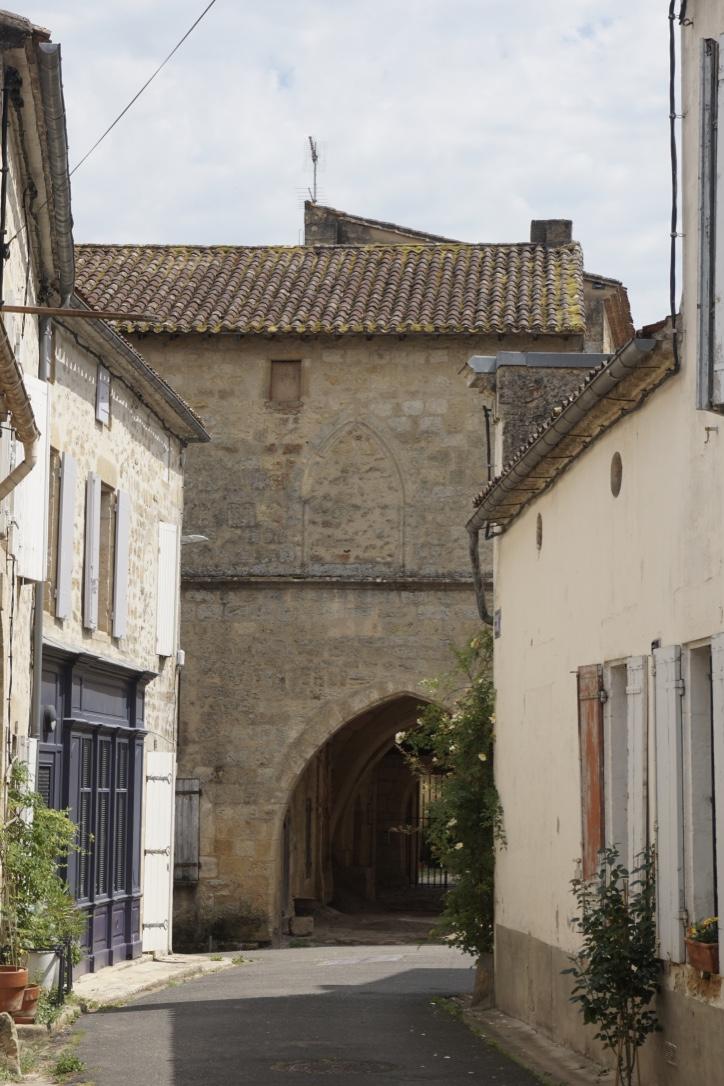 Visiter le village médiéval de Saint-Macaire en Gironde